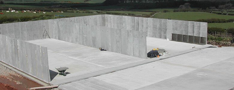 Silage clamp construction