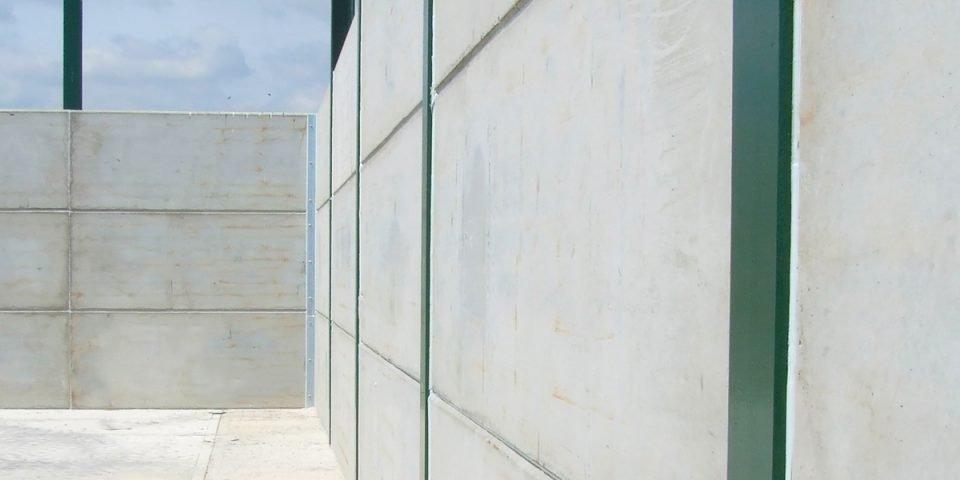 King Post Retaining Wall